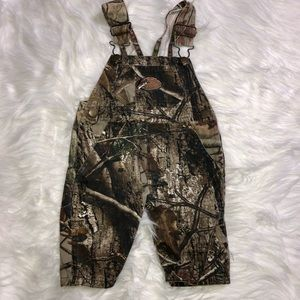 🔥 Bass pro infant camo overalls
